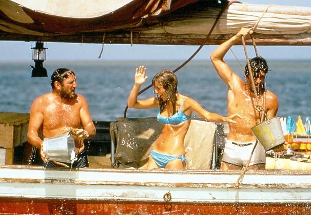 lino-ventura-les-aventuriers-1967-alain-delon-joanna-simkus-5